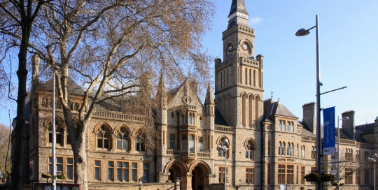 Town_hall_ealing_804a